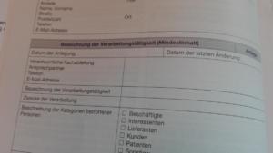 Hier steht eindeutig Mindestinhalt ... Seite 14 Vorlage für ein Verarbeitungsverzeichnis